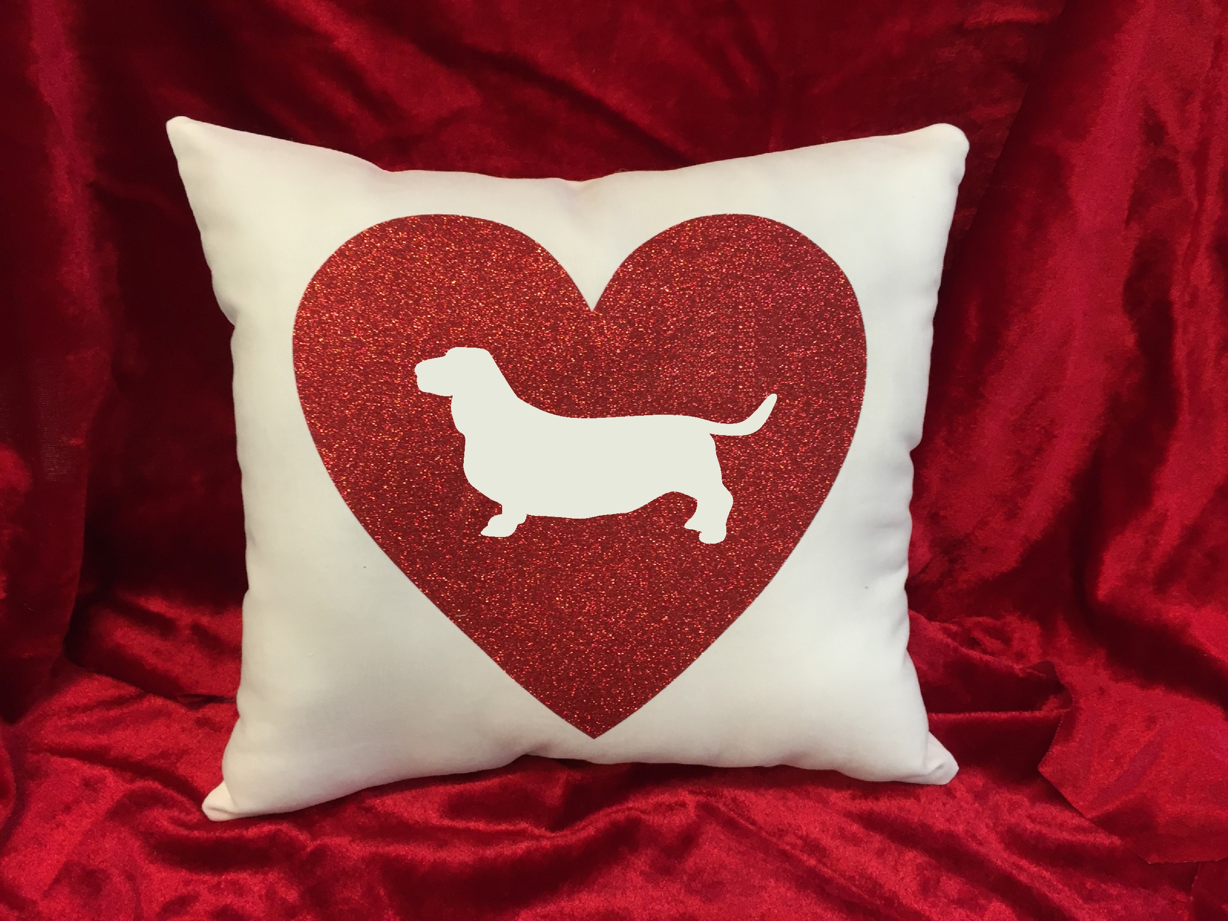 Dogs - Throw Pillow - Basset Hound