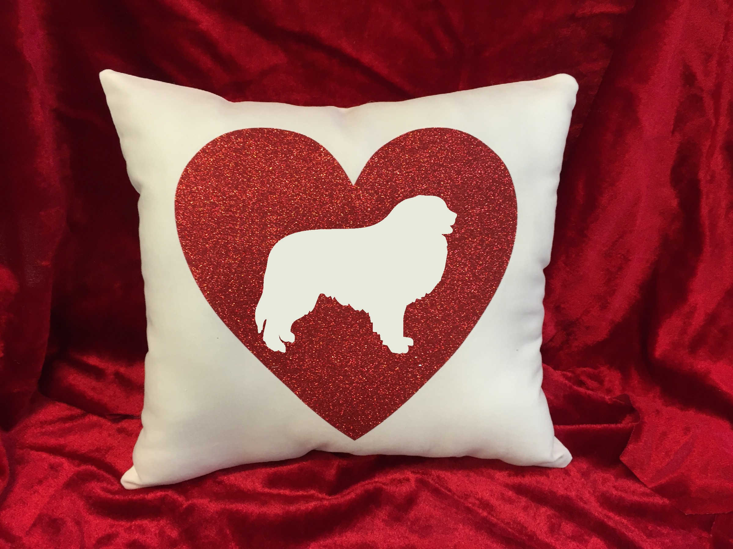 Dogs - Throw Pillow - Great Pyrenees